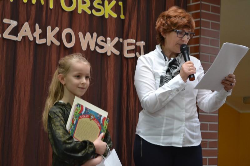 Gbp Dzieci Recytowały Wiersze Małgorzaty Strzałkowskiej